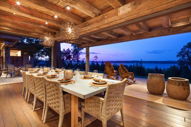 Can you imagine dining in this 5,000-square-foot main house on idyllic James Island? The view is nice, too.
